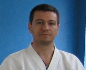 - SPORTING KARATE SHOTOKAN